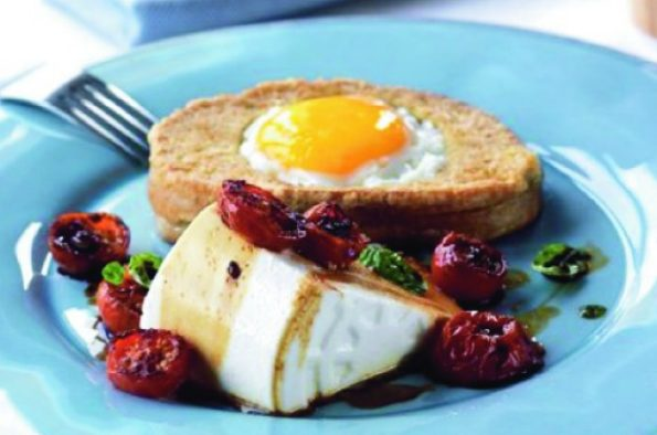Francouzský toust s vejcem a sýrem