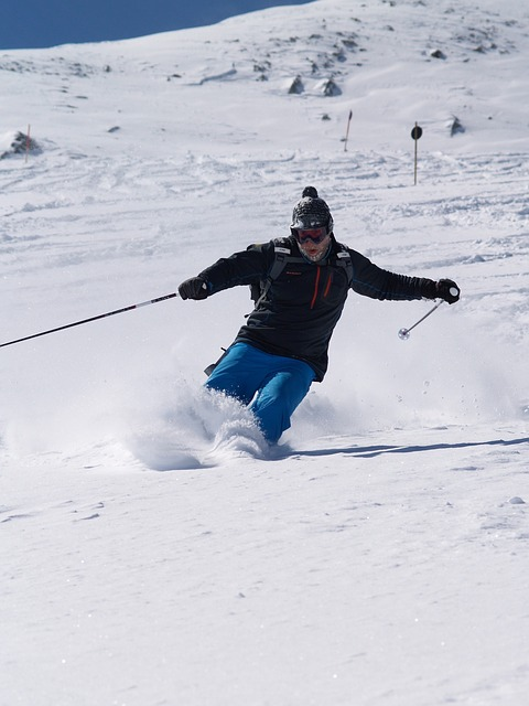 ski-1681256_640