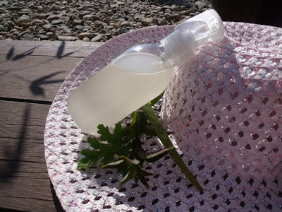 Hydratační ochlazující sprej po opalováníHydratační ochlazující sprej po opalování